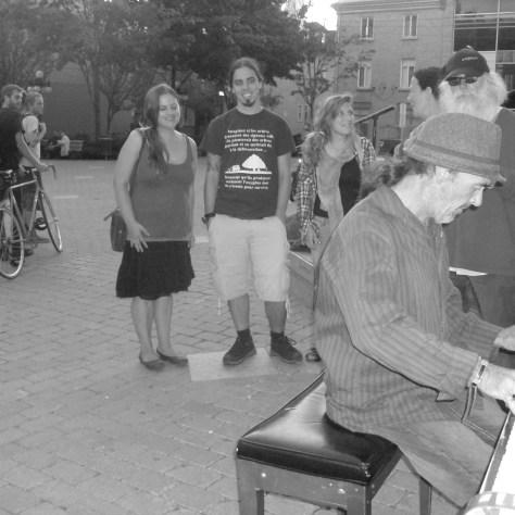 Benoit Villeneuve au piano du parvis, le 3 septembre dernier