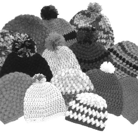 Un don de tuques tricotées à la main par Joane Lafrance. PHOTO joane lafrance