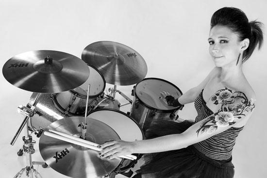 Playing In The Fall Wallpaper Emmanuelle Caplette Drummerworld