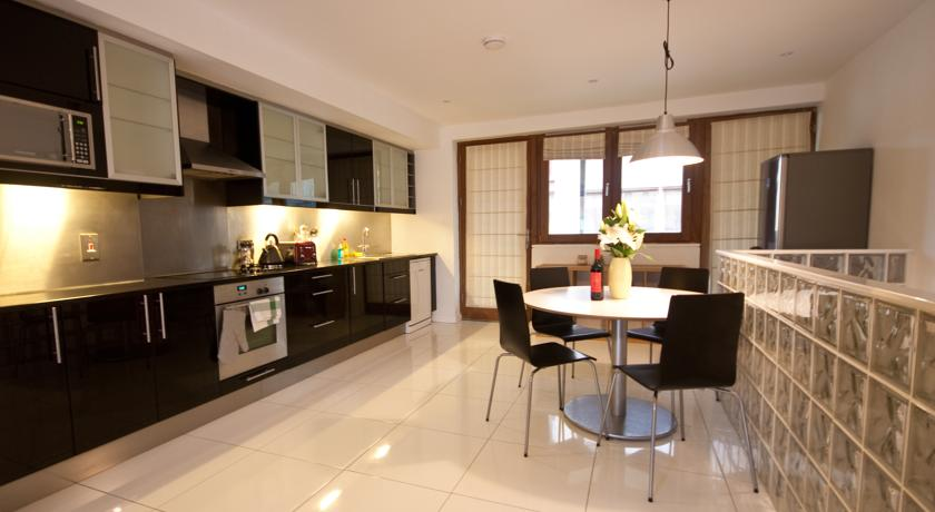 ifsc-dublin-city-apartments-46381701