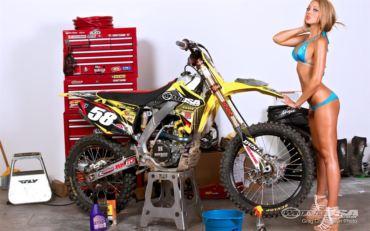 Motocross Girl Wallpaper Sexy Bike Pics Page 291 Ducati Org Forum The Home