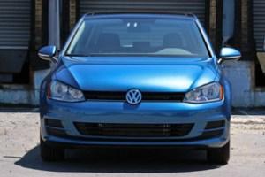 2015_VW_Golf 08