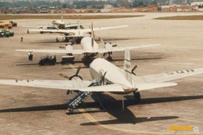 Congonhas na década de 60: ponte aérea era feita com vários tipos de aviões