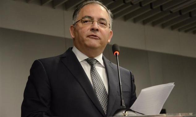 O presidente do Instituto Brasileiro de Aviação, Francisco Lyra