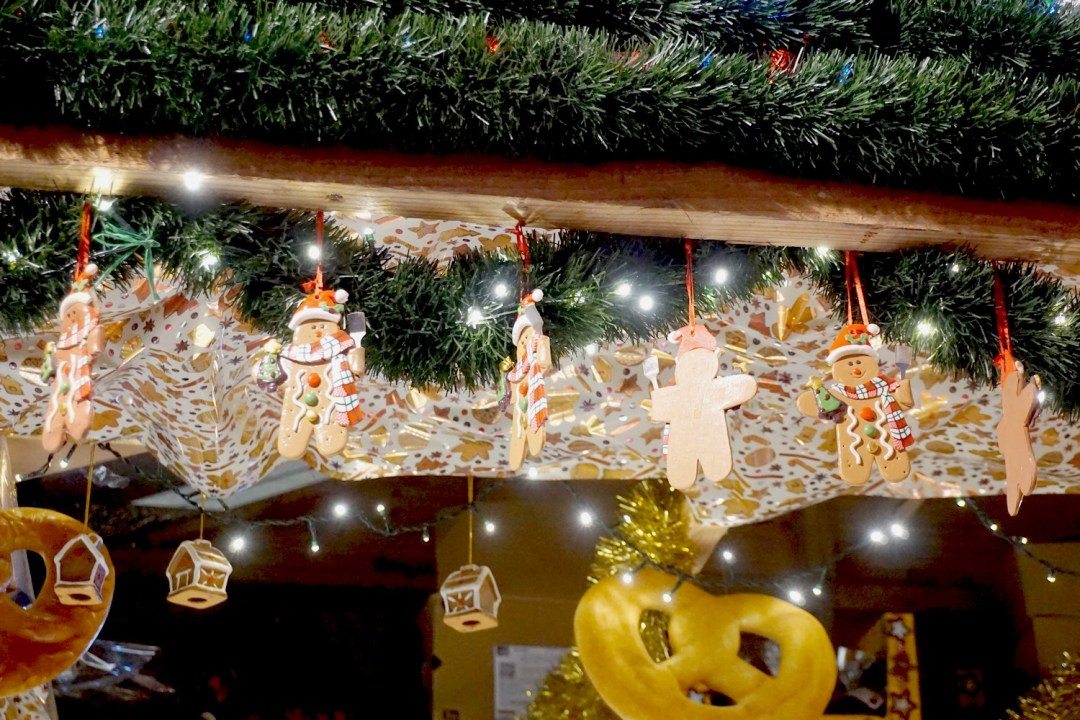 marche-de-noel-bordeaux-tourny-blog-couple-aquitaine-decorations-chalet-exposants-02