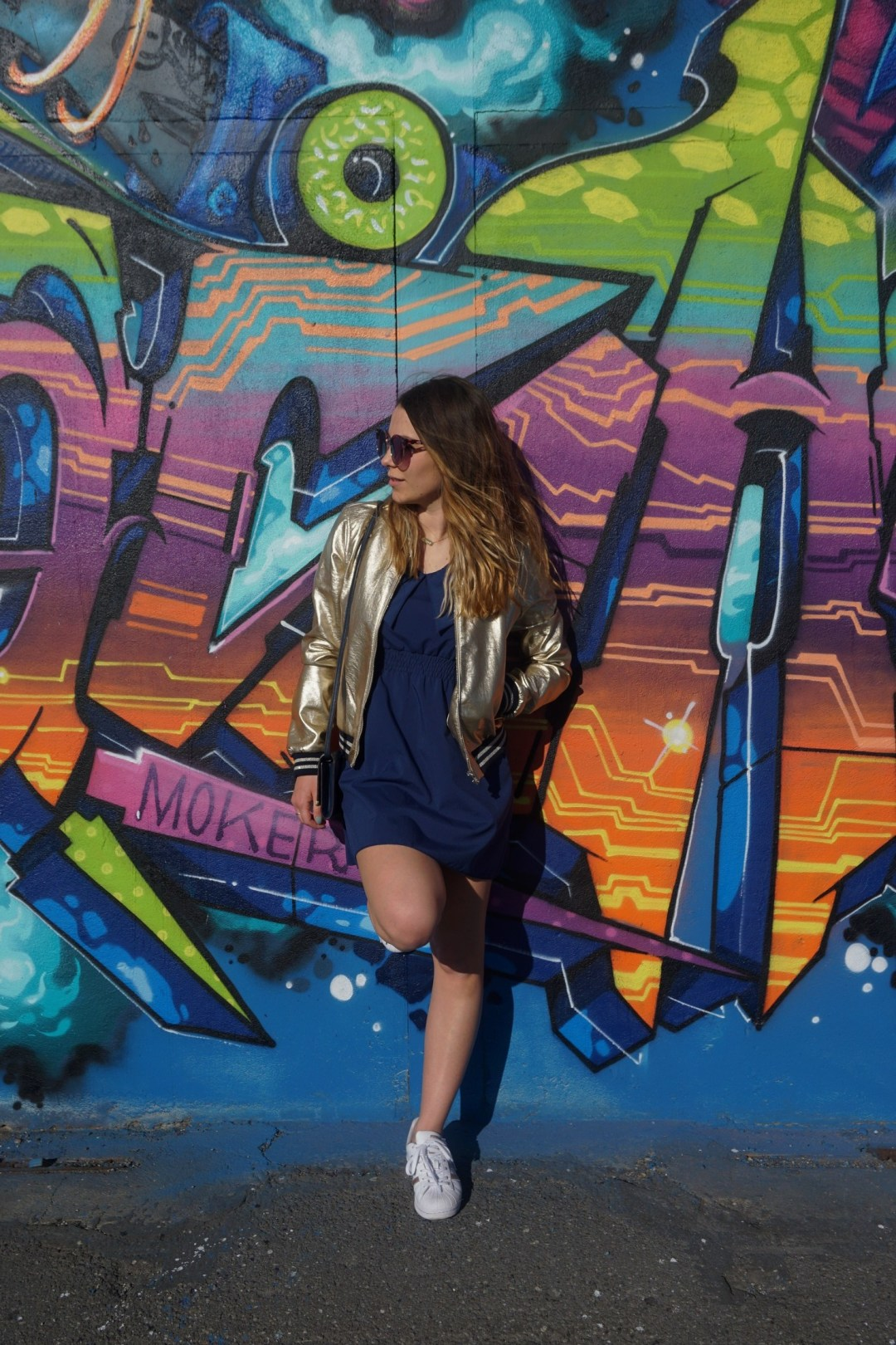 LOOK SPORTWEAR CHIC GOLD SHOOTING PHOTO BLOG MODE BLOGUEUSE BORDEAUX STREET ART BACALAN 13