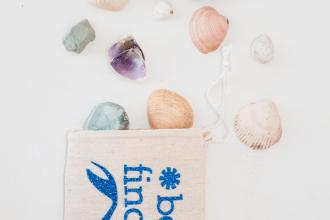 beach finds treasure bag