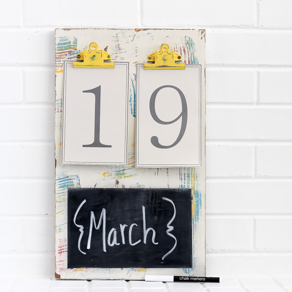Chalkboard yellow clips SQUARE