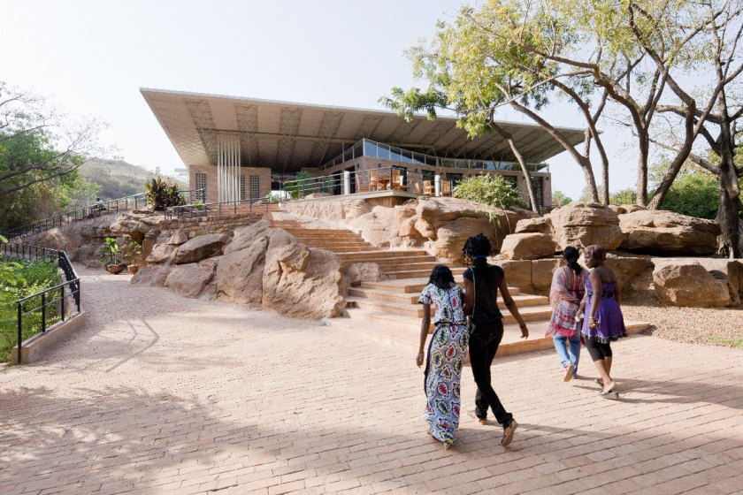 Parque Nacional de Mali, Bamako, Mali (2009-2010) © Iwan Baan