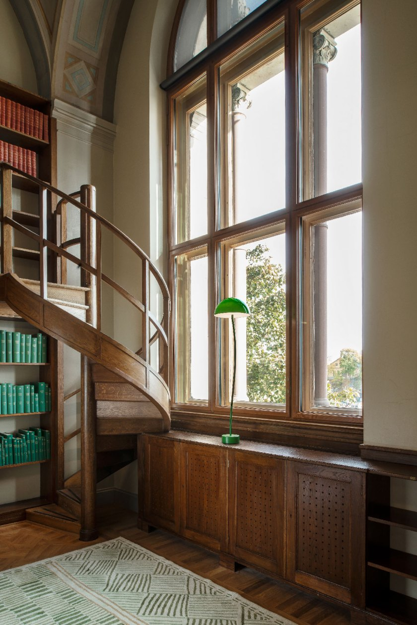 Front_Nationalmuseum_LibraryLamps_06