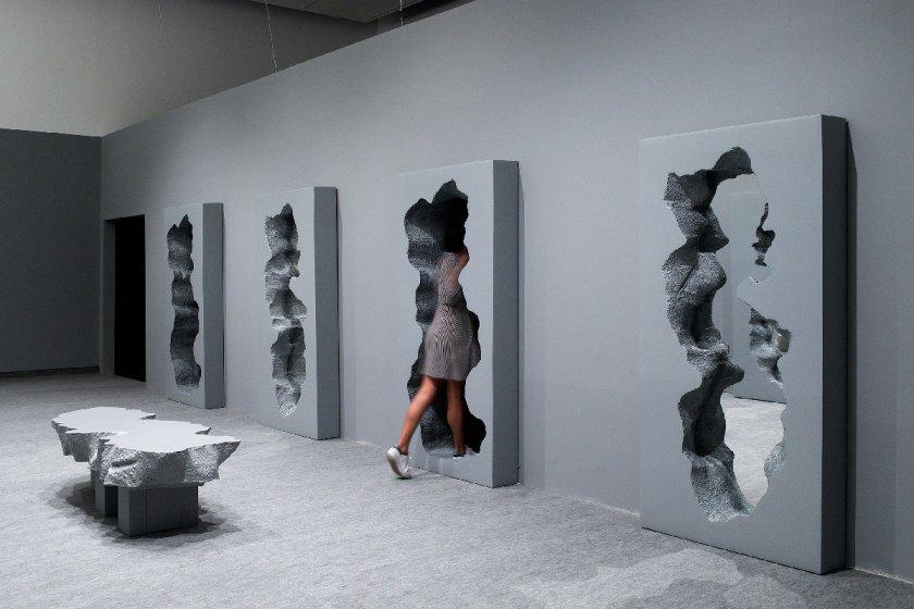 Hall-of-Broken-Mirrors_Snarkitecture_Gufram_Elad-Sarig_03