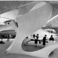 """EERO SAARINEN """"La única arquitectura que me interesa es la arquitectura como arte. Eso es lo que quiero perseguir"""""""