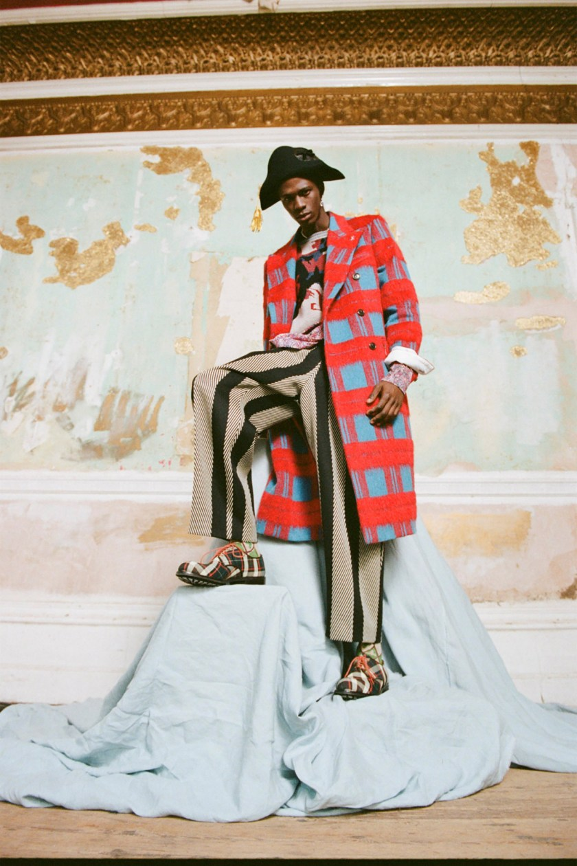london-fashion-week-intimidad-desde-las-pantallas-Westwood-07