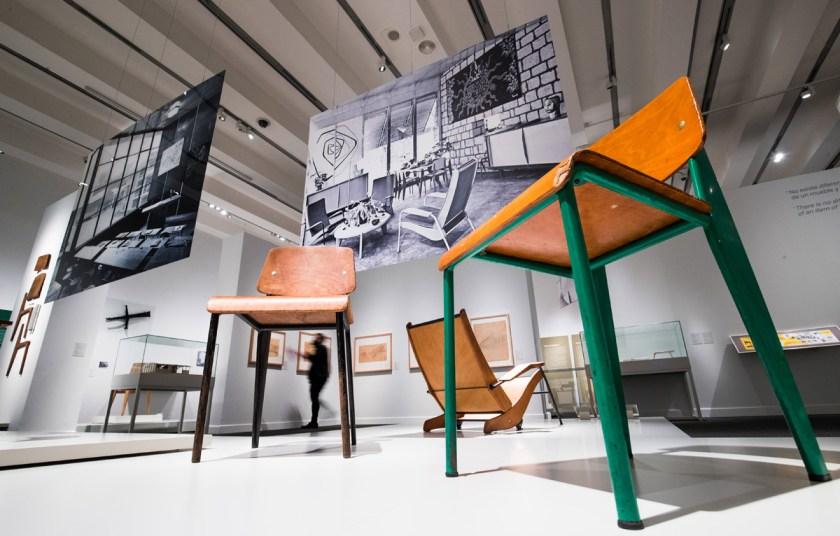 Exposición El universo de Jean Prouvé. Arquitectura / Industria / Mobiliario en CaixaForum Madrid hasta el 13 de junio.
