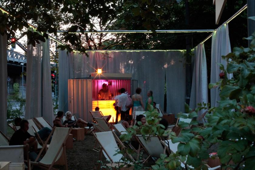 park-platz-arte-desde-el-aparcamiento-del-museo-Berlinische-Galerie-00