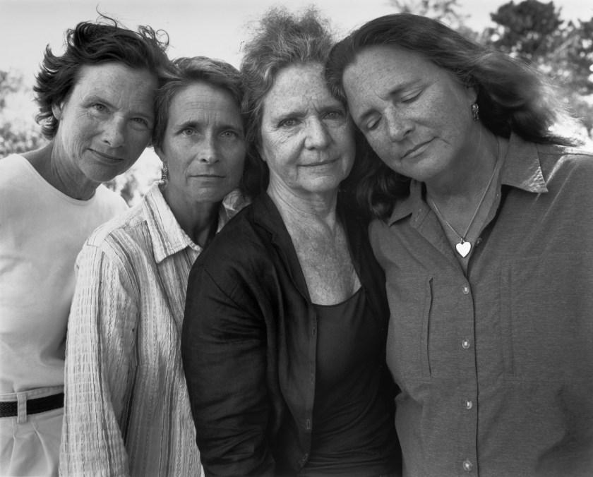 BROWN-SISTERS-Nicholas-Nixon-2010
