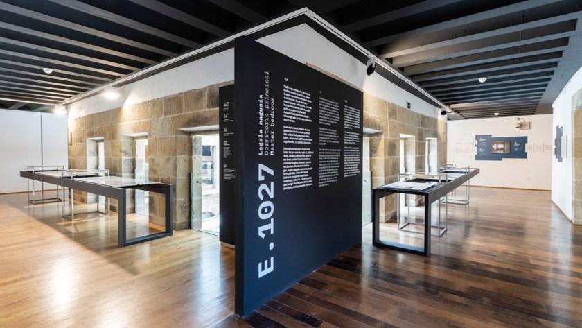 """Vista de la muestra """"Eileen Gray: E.1027"""" en el Instituto de Arquitectura de Euskadi"""