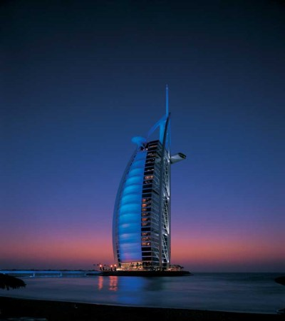 Burj al Arab - Luxury Hotel in Dubai, UAE - e-architect