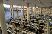 Foster + Partners Desks, London Office Refurbishment - e ...