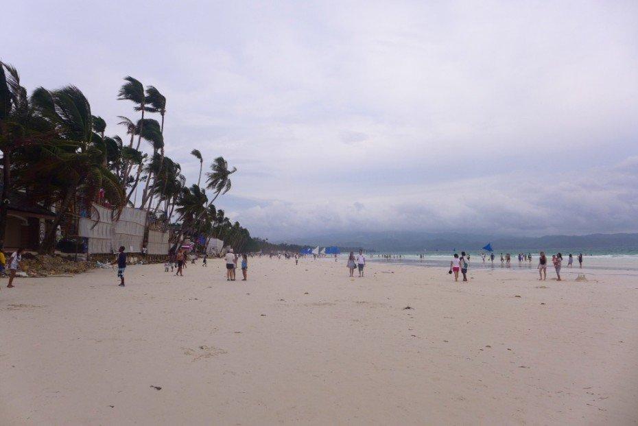 Boracay White Beach; D.I.Y. Boracay travel; Backpacking Boracay; What to do in Boracay