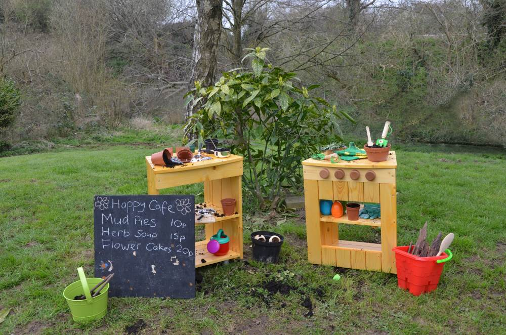 Mud Kitchens A Recipe For Fun Early Years Inspiration