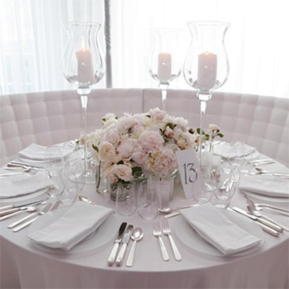 Simple Wedding Centerpieces For Round Tables
