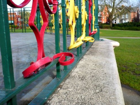 Bandstand railings
