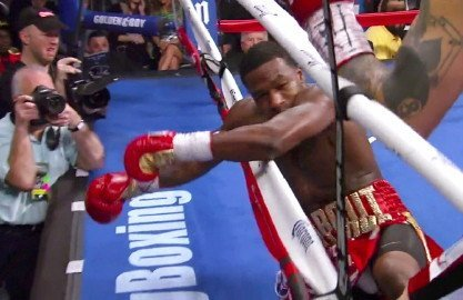 Broner gets beat up and knocked down by Maidana