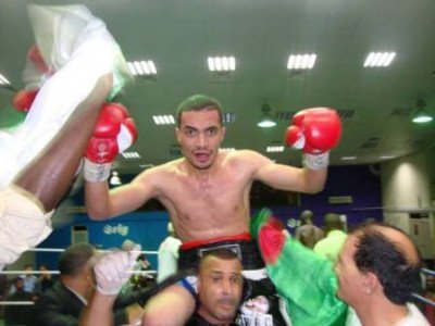 Dahou beats Dodze to win WBC Youth title