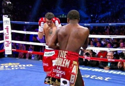 "Marcos ""El Chino"" Maidana shocks the world and becomes the new WBA Welterweight Champion"