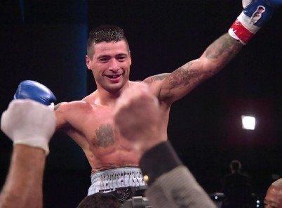 Matthysse: I'll fight Mayweather or Canelo