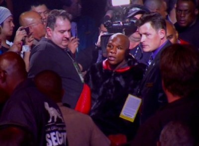 mayweather23 Schaefer: Mayweather is interested in Robert Guerrero fight