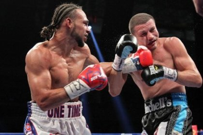 WBA Interim Welterweight title holder Keith Thurman stops Jesus Soto Karass in nine