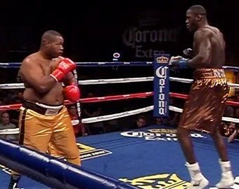 wilder5 Deontay Wilder destroys Damon McCreary in 2nd round TKO