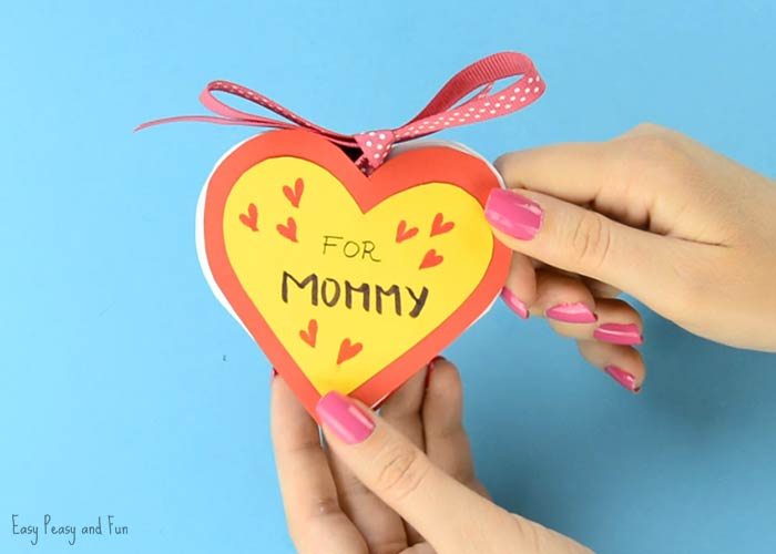 DIY Heart Notebook - Motheru0027s Day Card or Valentines Day Kid Made - create a gift certificate template