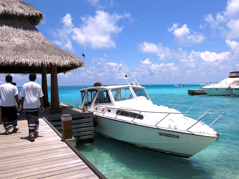 Baros Maldives Speedboat