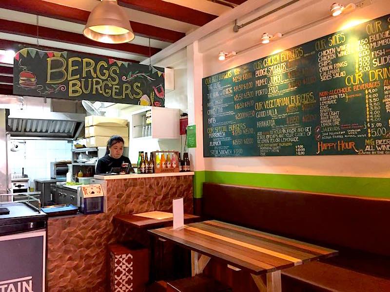 BERGS Gourmet Burgers Haji Lane - Interior Design