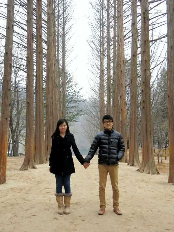 Couple posing at Metasequoia Road
