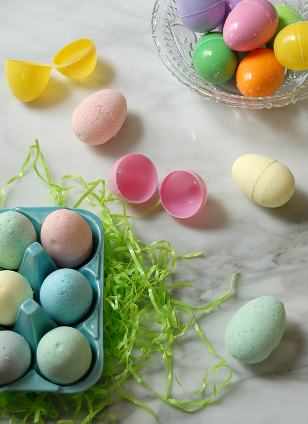 easter eggs bath bombs