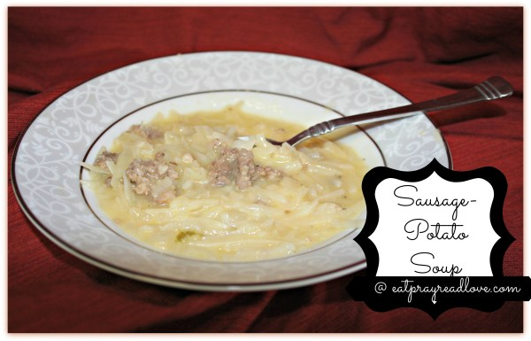 This sausage potato soup is ridiculously easy! Find the recipe for it- and 2 others- on a handy free printable!