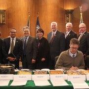 Sen. Franken to Host 6th Annual Minnesota Congressional Delegation Hotdish Competition