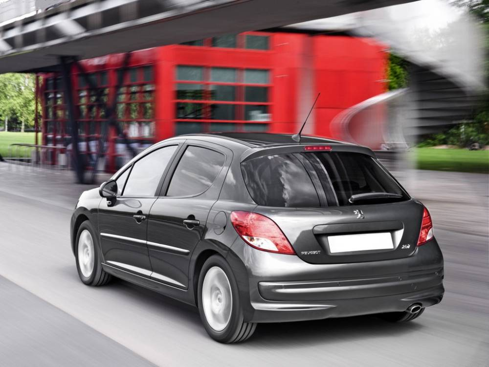 peugeot 207 hatchback review peugeot 207 pictures prices. Black Bedroom Furniture Sets. Home Design Ideas