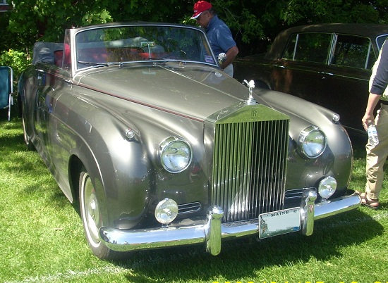 rolls royce silver cloud 2