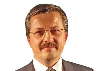 Paradigma suma a Eduardo Azpiroz Costa  como socio