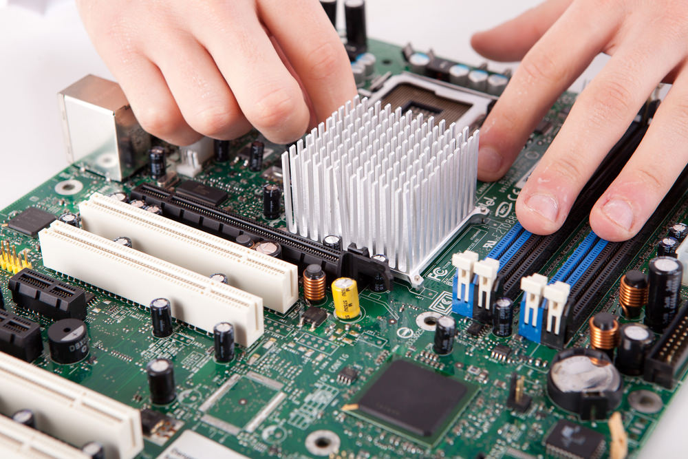 What does a Motherboard do? - Ebuyer Blog