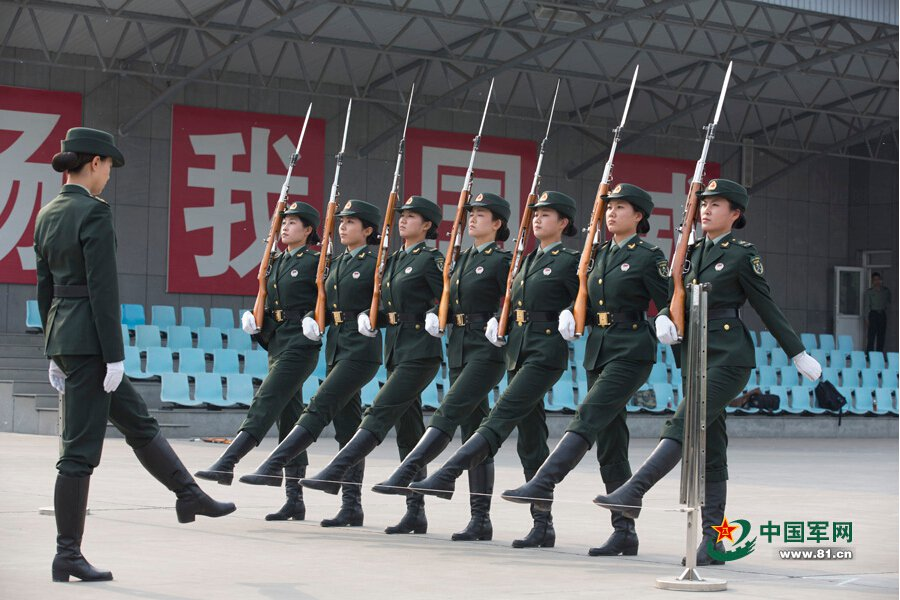 Training Details Of Female Pla Honor Guards Unveiled 5 10