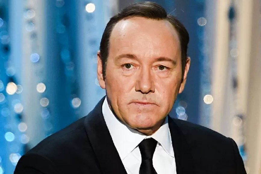 Kevin Spacey piano americano