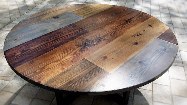 distressed-round-random-plank-farm-table