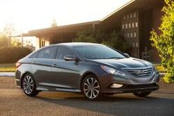 Best 2014 cars under $25,000: Hyundai Sonata mid-size sedan