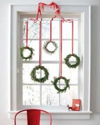 43 Elegant Christmas Window Decor Ideas